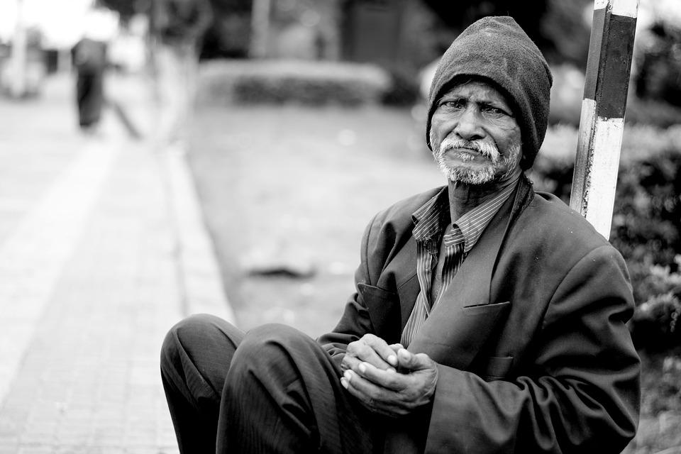 Essere poveri non è salutare: due anni di vita in meno