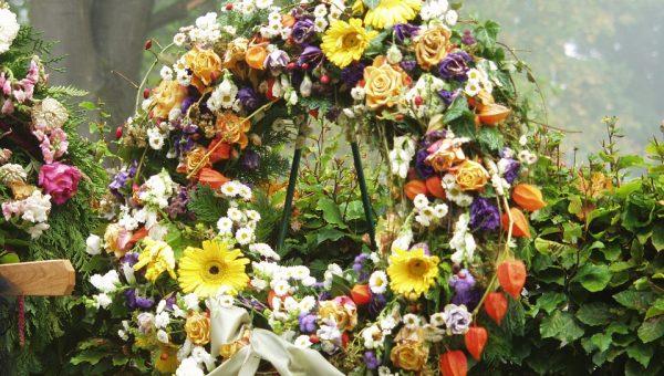 Consigli funerale: organizzazione può essere demandata ad agenzia