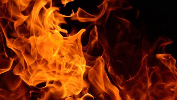 Incendio a Londra: il rogo è stato devastante