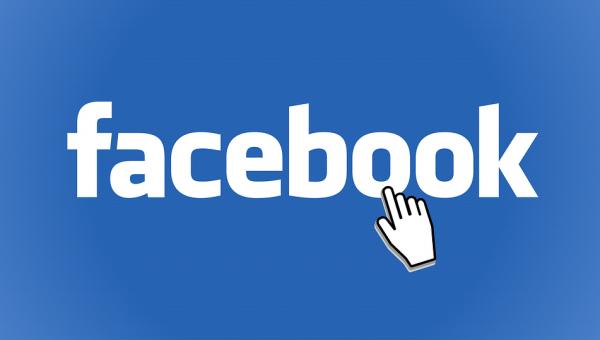 Social per adulti: è Facebook, secondo esperto social media