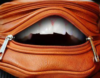 Trattamento denti bianchi