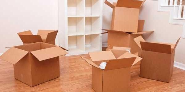 Preparare le scatole per il trasloco