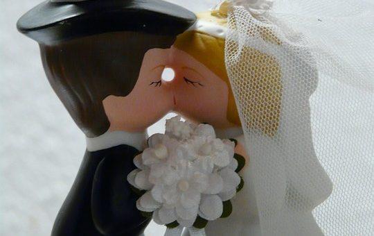 Abito nozze costoso: ecco in che modo evitare di spendere soldi