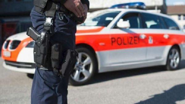 Verbania: agenti svizzeri picchiano un uomo ammanettato, condannati